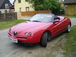 Alfa Romeo Spider 16v.jpg